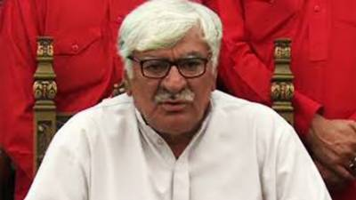 asfandyar-wali-khan-vow-to-register-fir-against-cjp-1524486185-9819.jpg